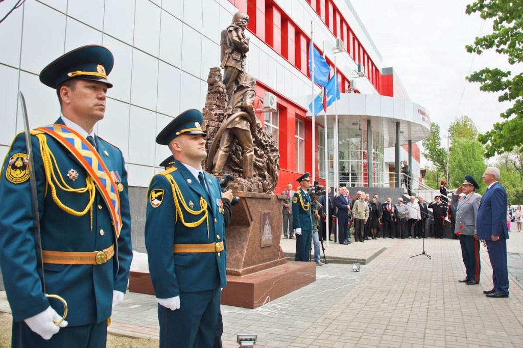 www.astrobl.ru sites default files images additional b553be0951779536c1892e472de92c8a Памятник спасателям открыли в Астрахани