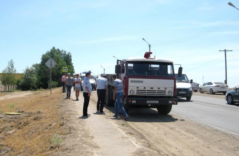 images novosti2 Proisshestviya 49 Астраханец погиб под колёсами Камаза на пешеходном переходе
