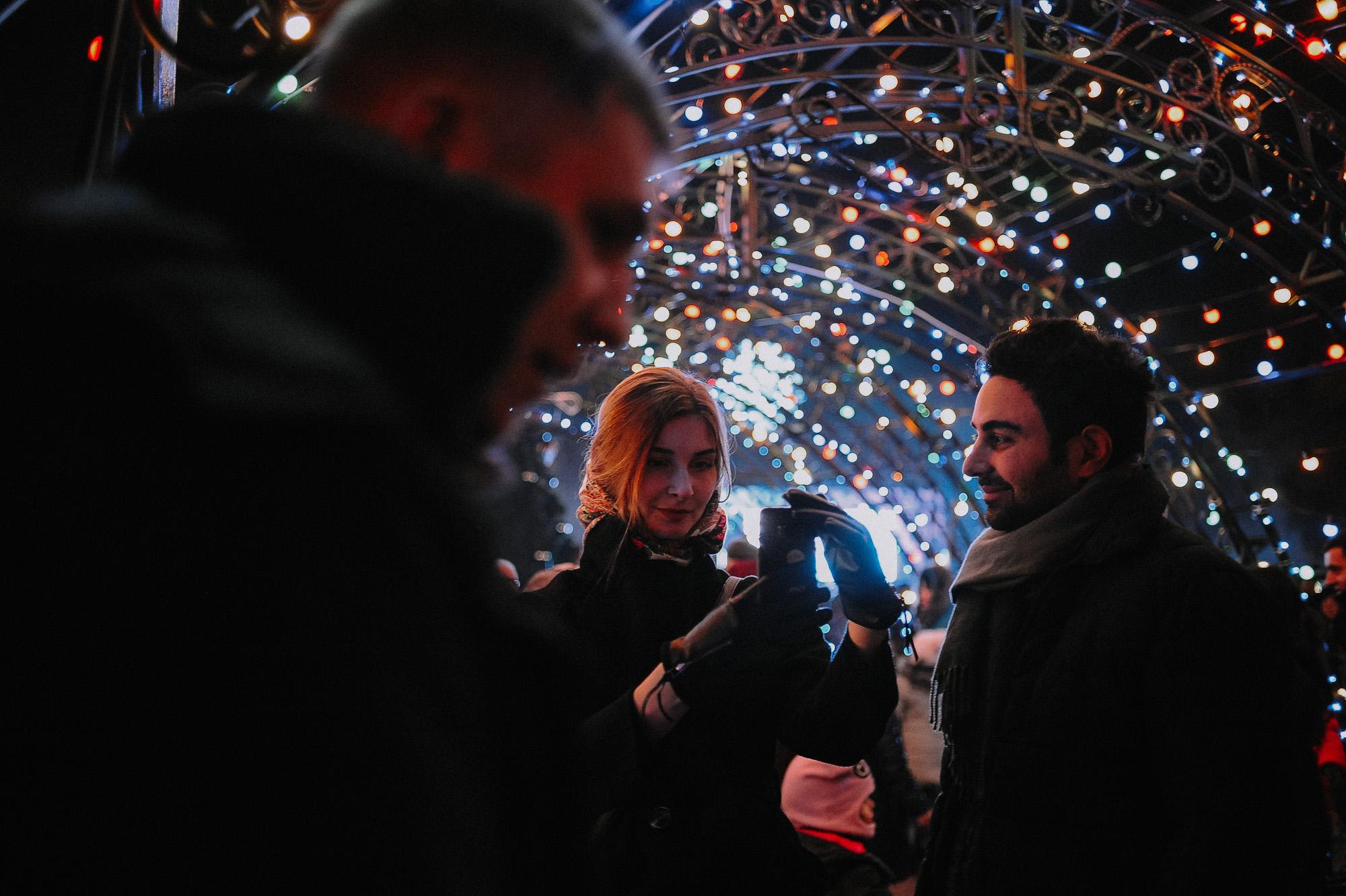 ZZZ 6794 В Астрахани на площади Ленина зажгли новогоднюю елку: кадры торжества