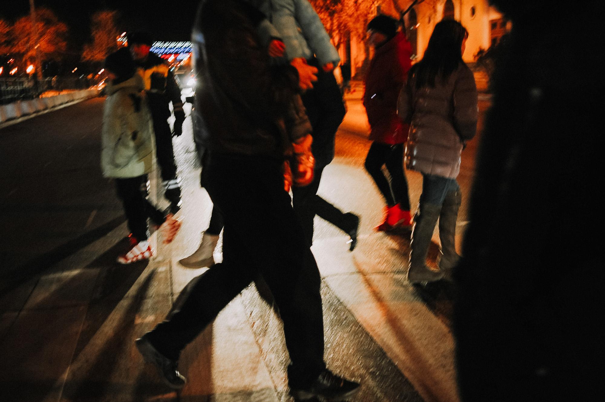 ZZZ 6831 В Астрахани на площади Ленина зажгли новогоднюю елку: кадры торжества