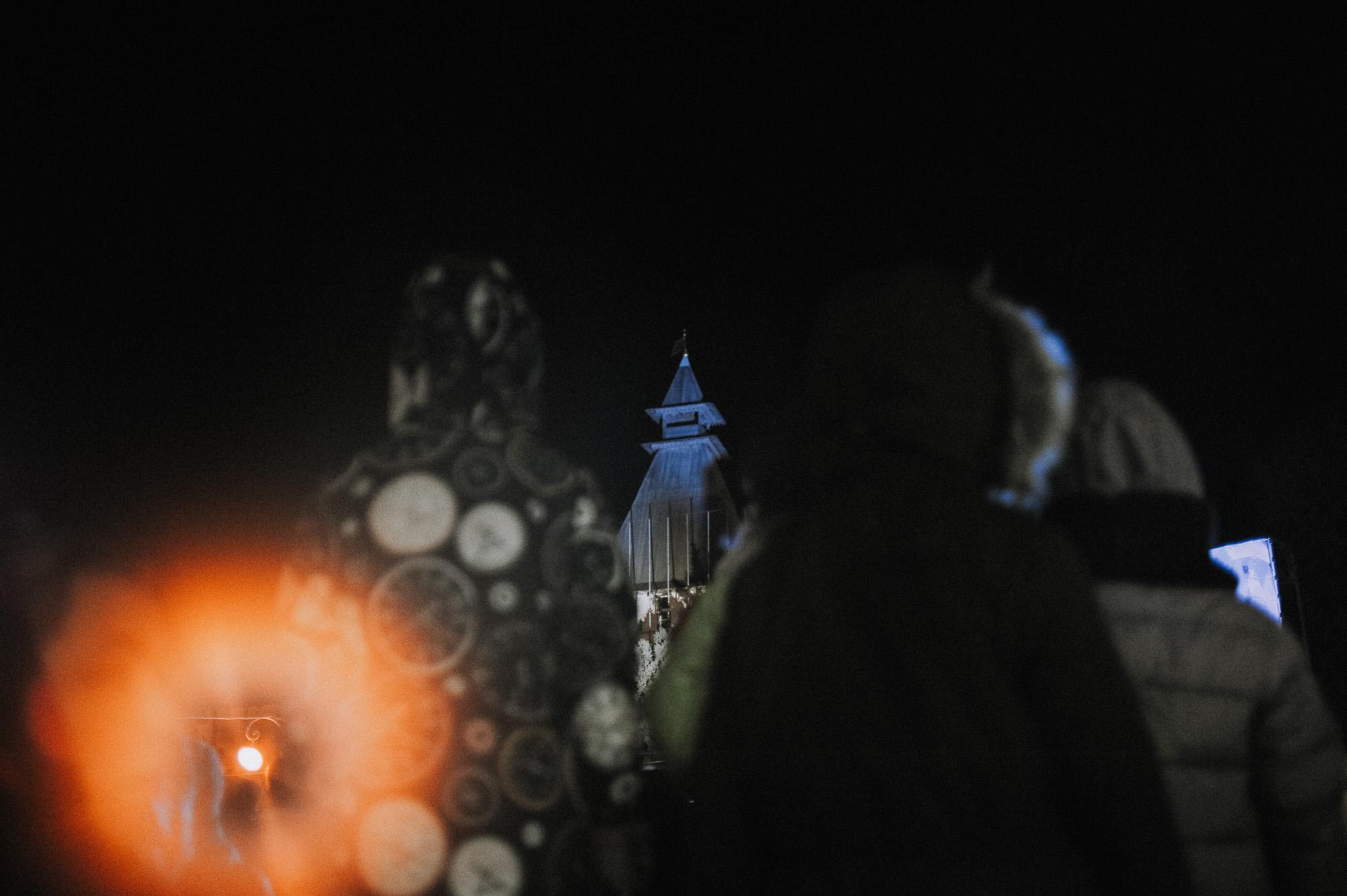 ZZZ 6898 В Астрахани на площади Ленина зажгли новогоднюю елку: кадры торжества