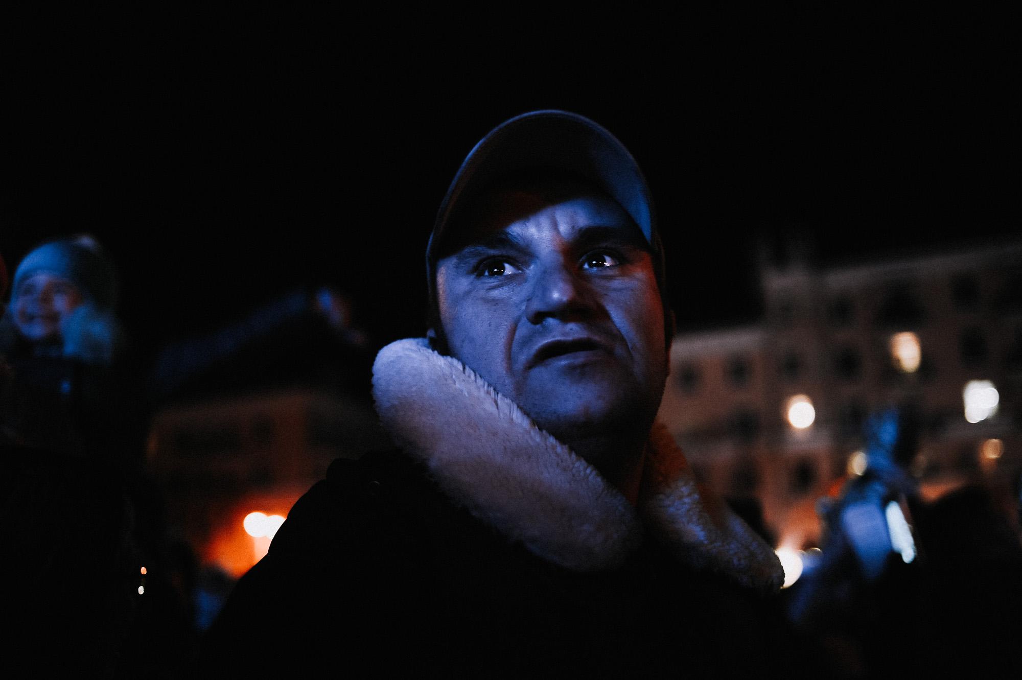 ZZZ 6985 В Астрахани на площади Ленина зажгли новогоднюю елку: кадры торжества