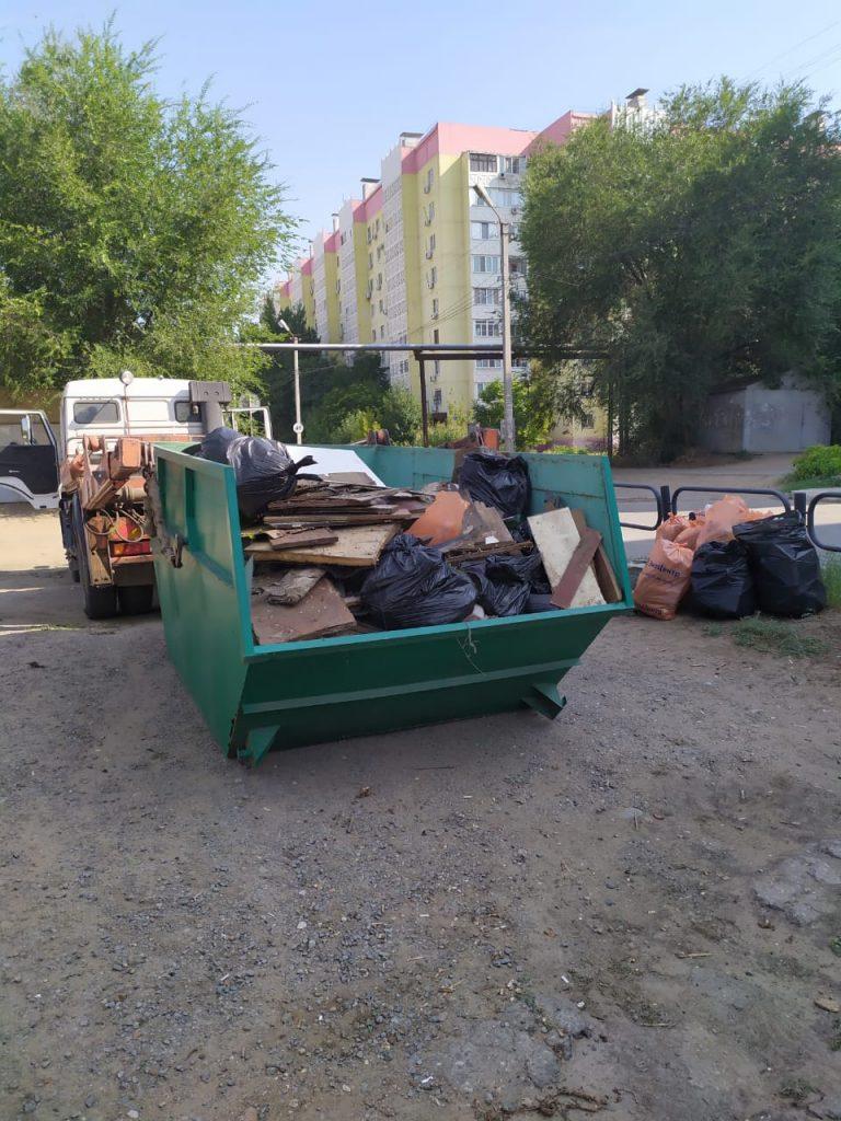 2 Астраханский филиал ООО «ЭкоЦентр» поддержал инициативных жителей микрорайона Бабаевского