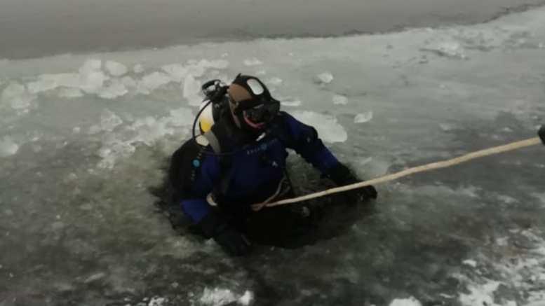 Под Астраханью в реке несколько дней ищут тело мужчины