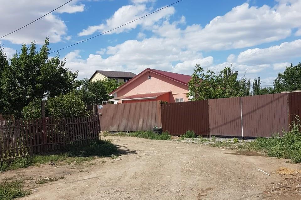 1 Жители микрорайона Астрахани более чем в сто домов просят вернуть им свет