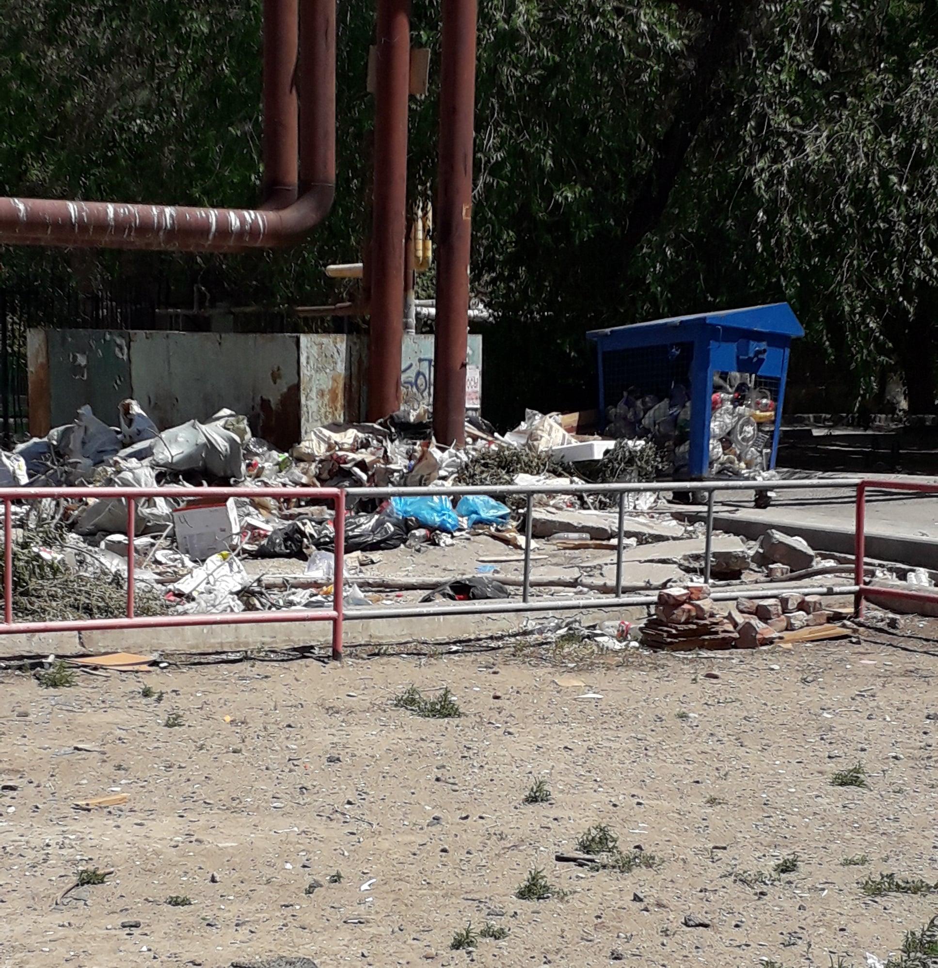 2 Разруха в Астрахани превращает детей в вандалов
