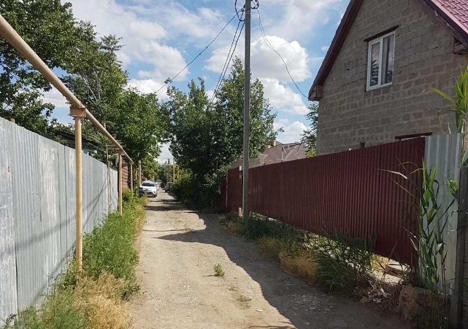 2 Жители микрорайона Астрахани более чем в сто домов просят вернуть им свет