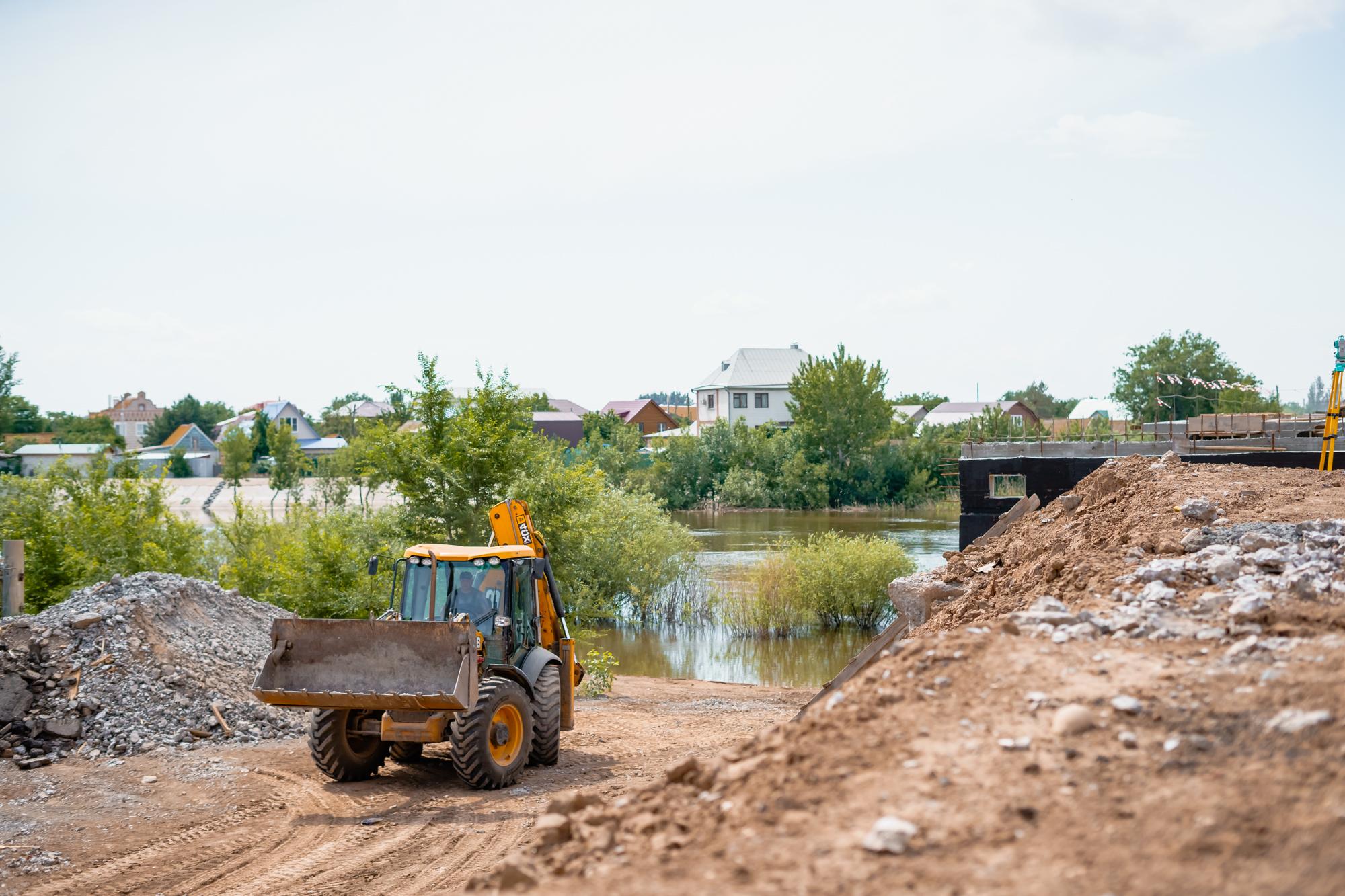 DSC05684 В Астрахани назвали новый срок «запуска» Милицейского моста