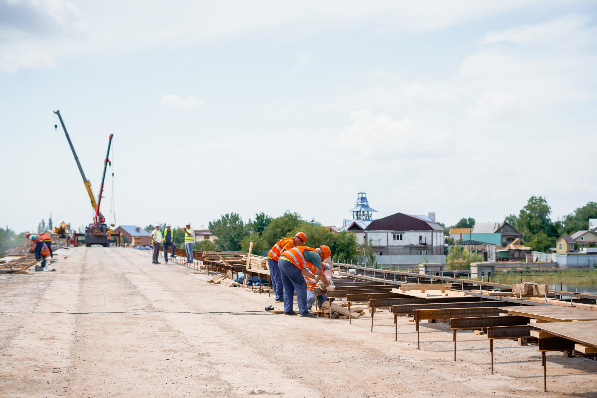 DSC05693 В Астрахани назвали новый срок «запуска» Милицейского моста