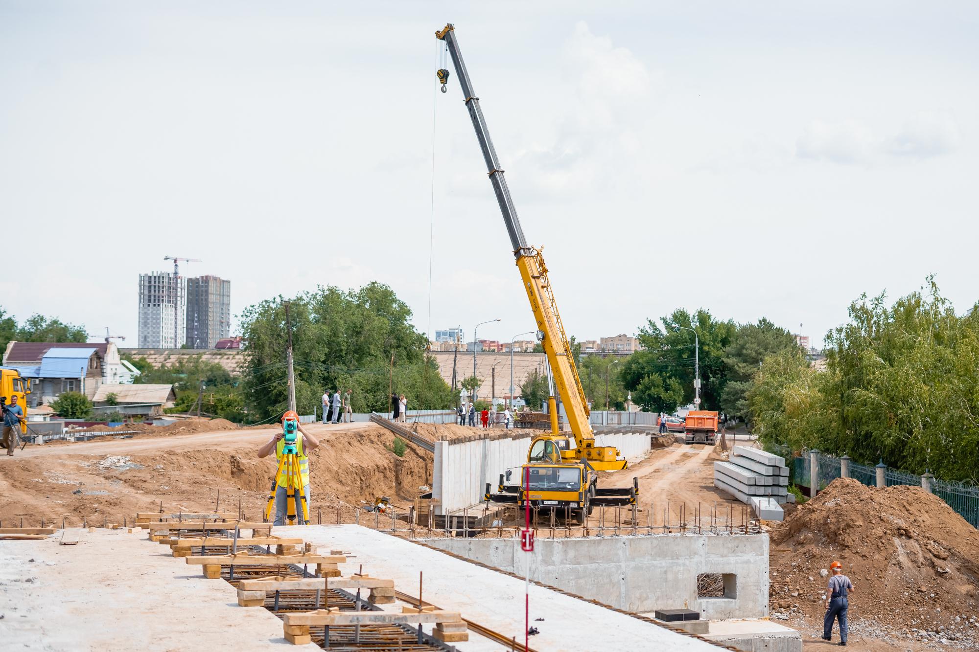 DSC05705 В Астрахани назвали новый срок «запуска» Милицейского моста