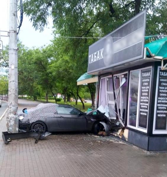 Авария в Астрахани на Адмиралтейской