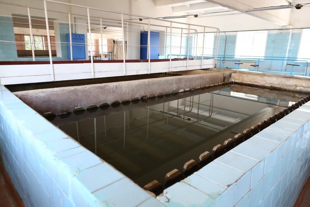 1 В астраханском поселке из-за МУПа-банкрота не могут ввести в эксплуатацию новый водопровод