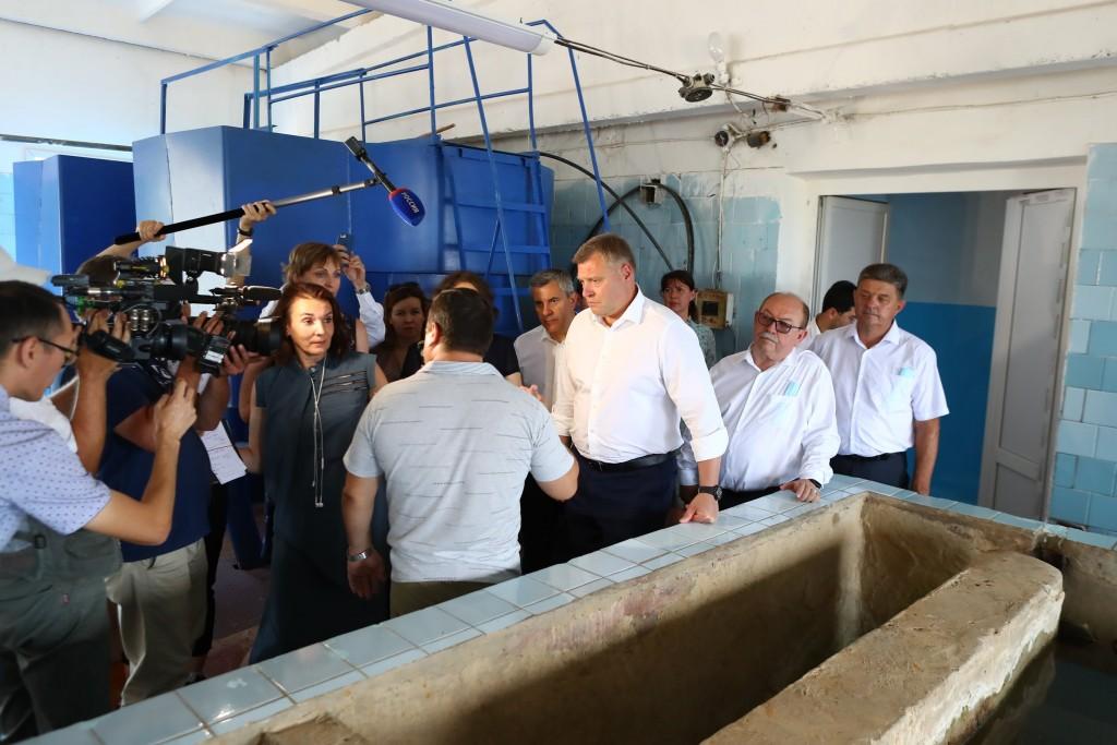 2 В астраханском поселке из-за МУПа-банкрота не могут ввести в эксплуатацию новый водопровод