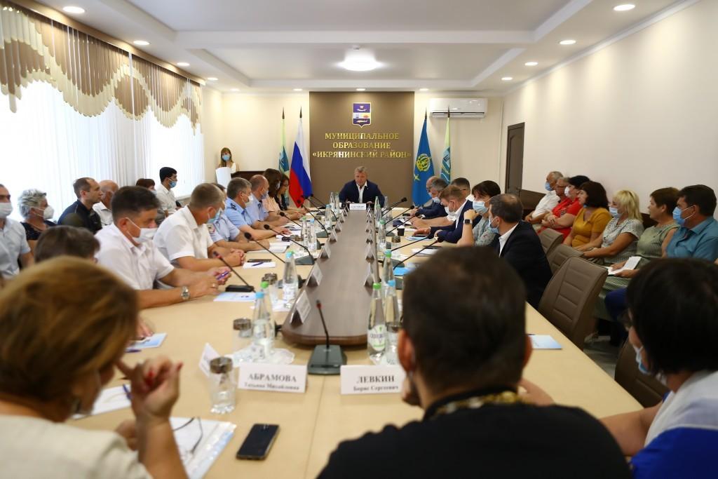 район На судостроительном заводе под Астраханью погасили задолженность по зарплате