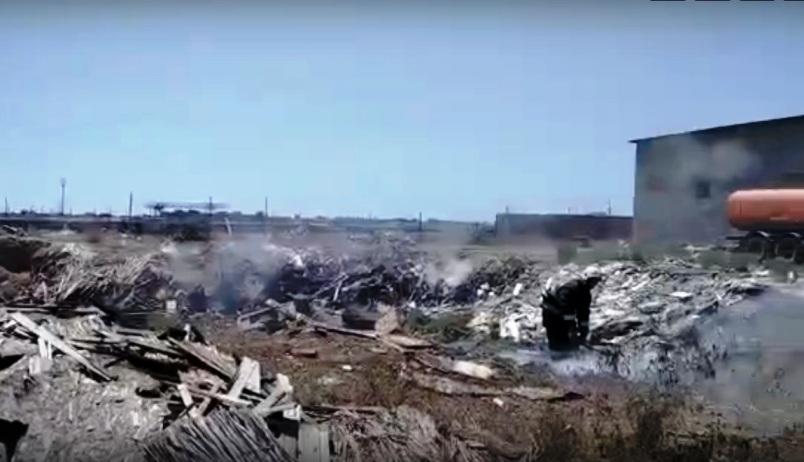 пожар на свалке в Советском районе Астрахани