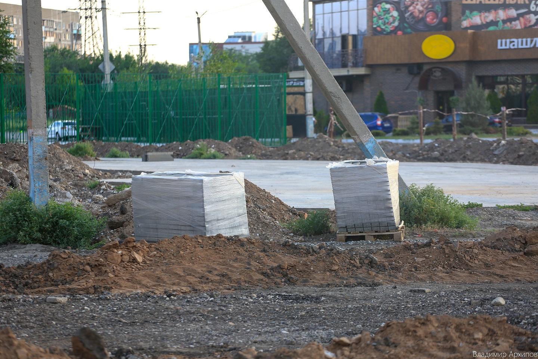 сквера на ул. Минусинской в Астрахани 11 Что происходит в Астрахани на месте пустыря на Минусинской