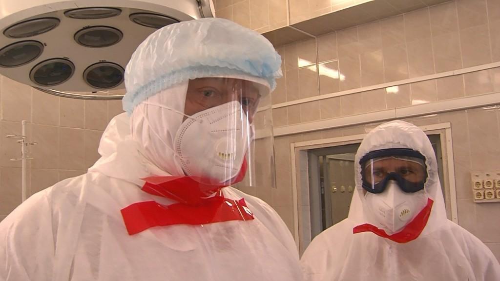 зона 3 Заместитель главы минздрава РФ осмотрел ковидный госпиталь в Астрахани