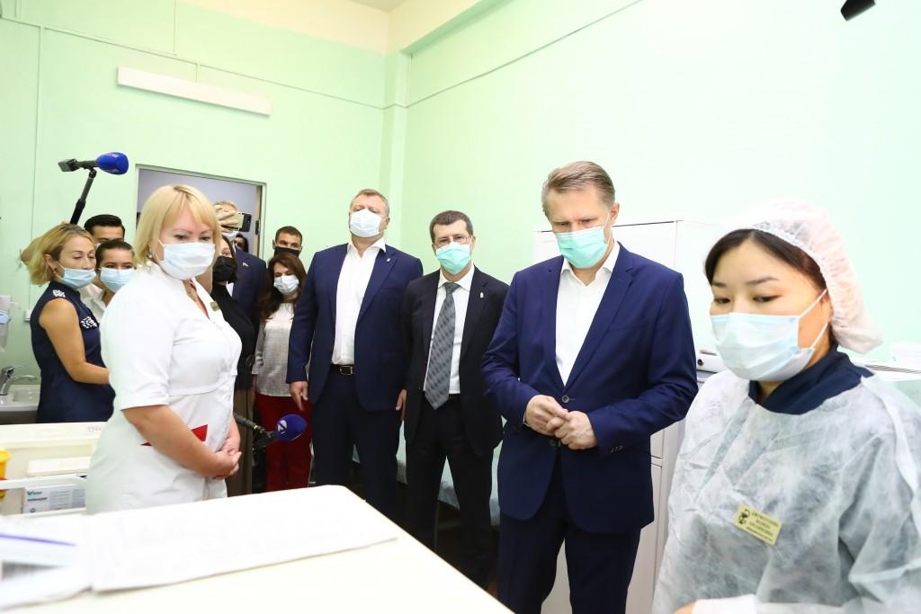 Министр М.Мурашко в Астрахани.