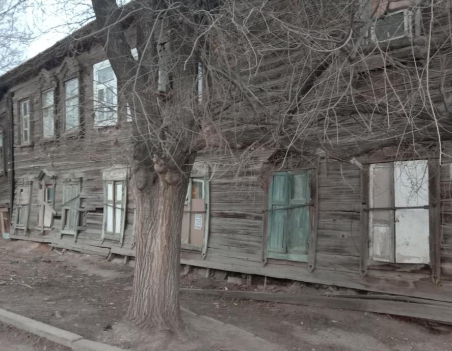 Писарева, 37, Астрахань. Переселение астраханцев из аварийного дома затягивается