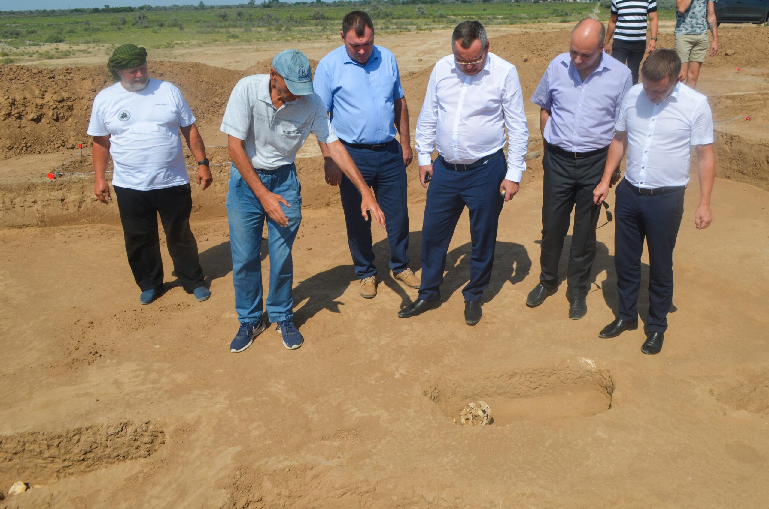 Археологические раскопки под Астраханью.