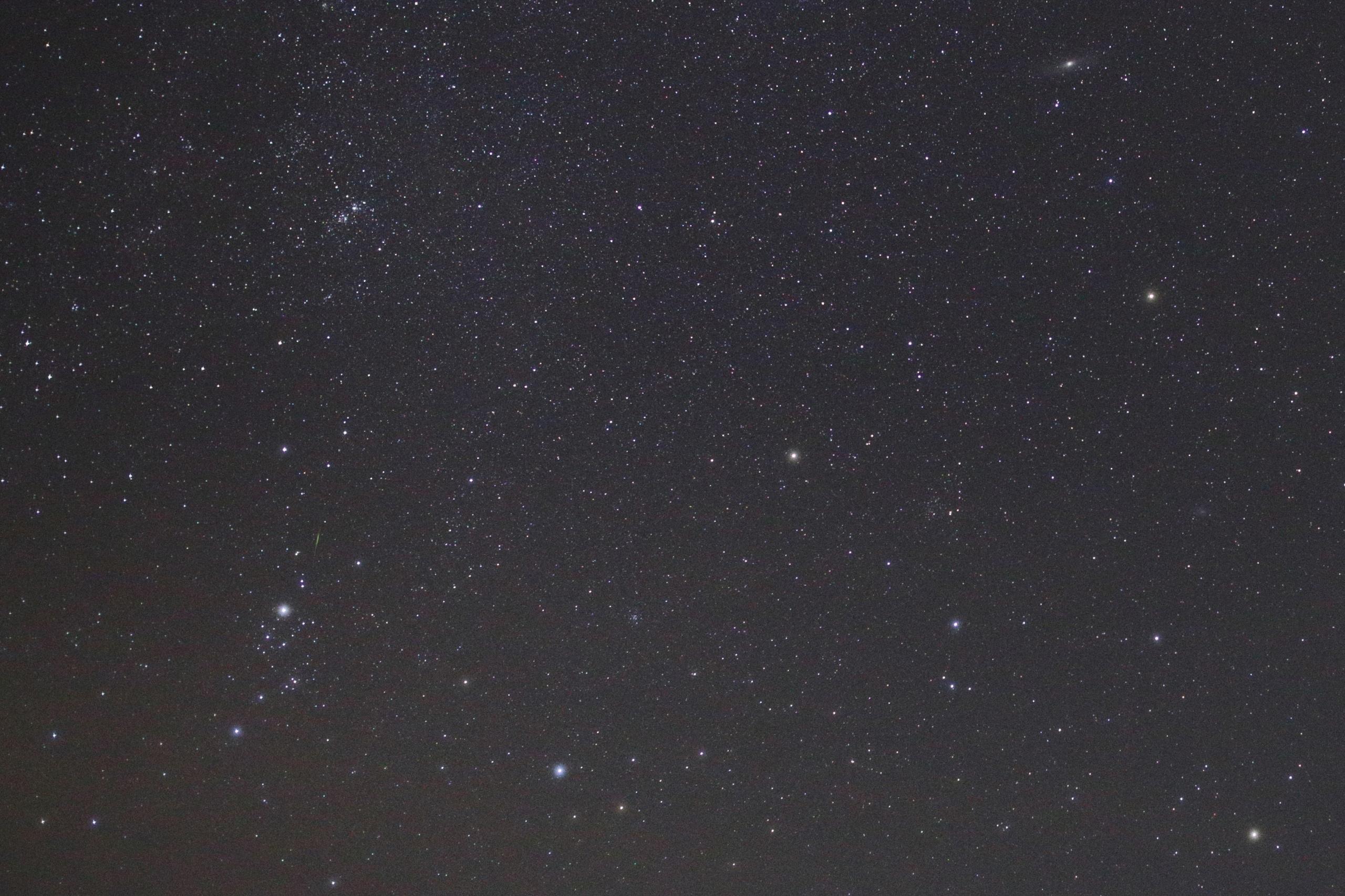 2 Поток метеоров над Астраханью сняли на фото