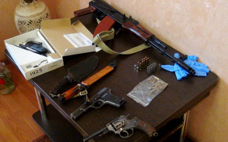 2 Астраханец переделывал оружие, уединившись на судне