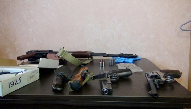 Астраханец переделывал оружие, уединившись на судне