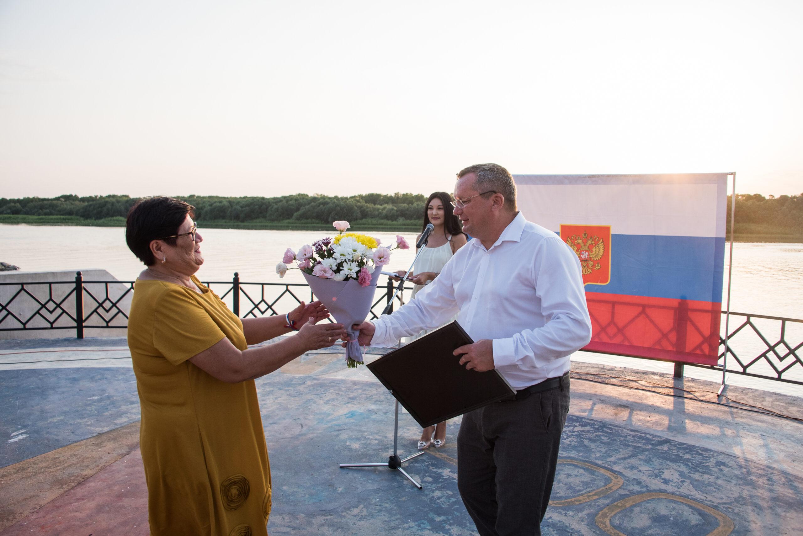 DAD 4171 scaled Как в Астраханской области отметили День российского флага