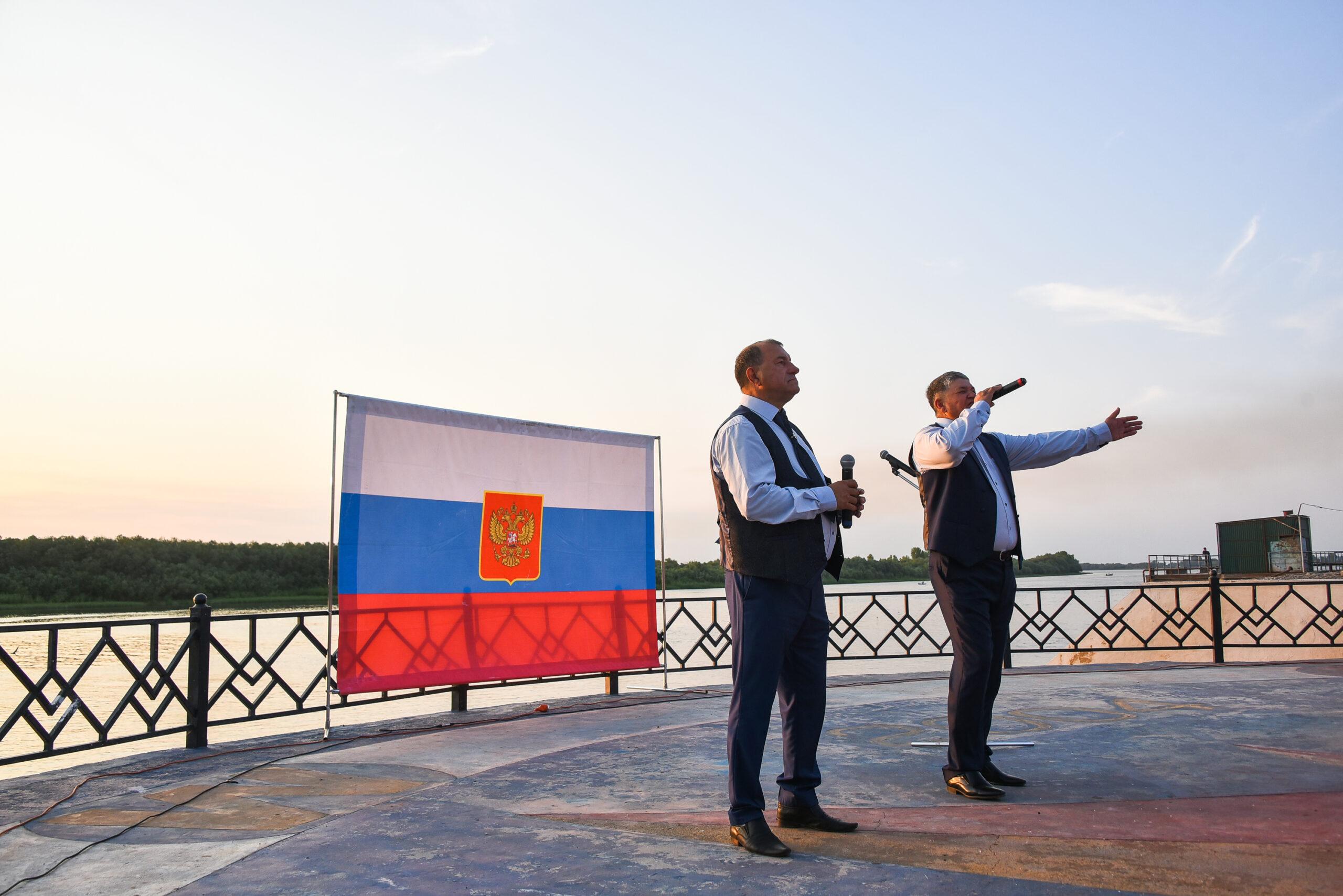 DAD 4209 scaled Как в Астраханской области отметили День российского флага