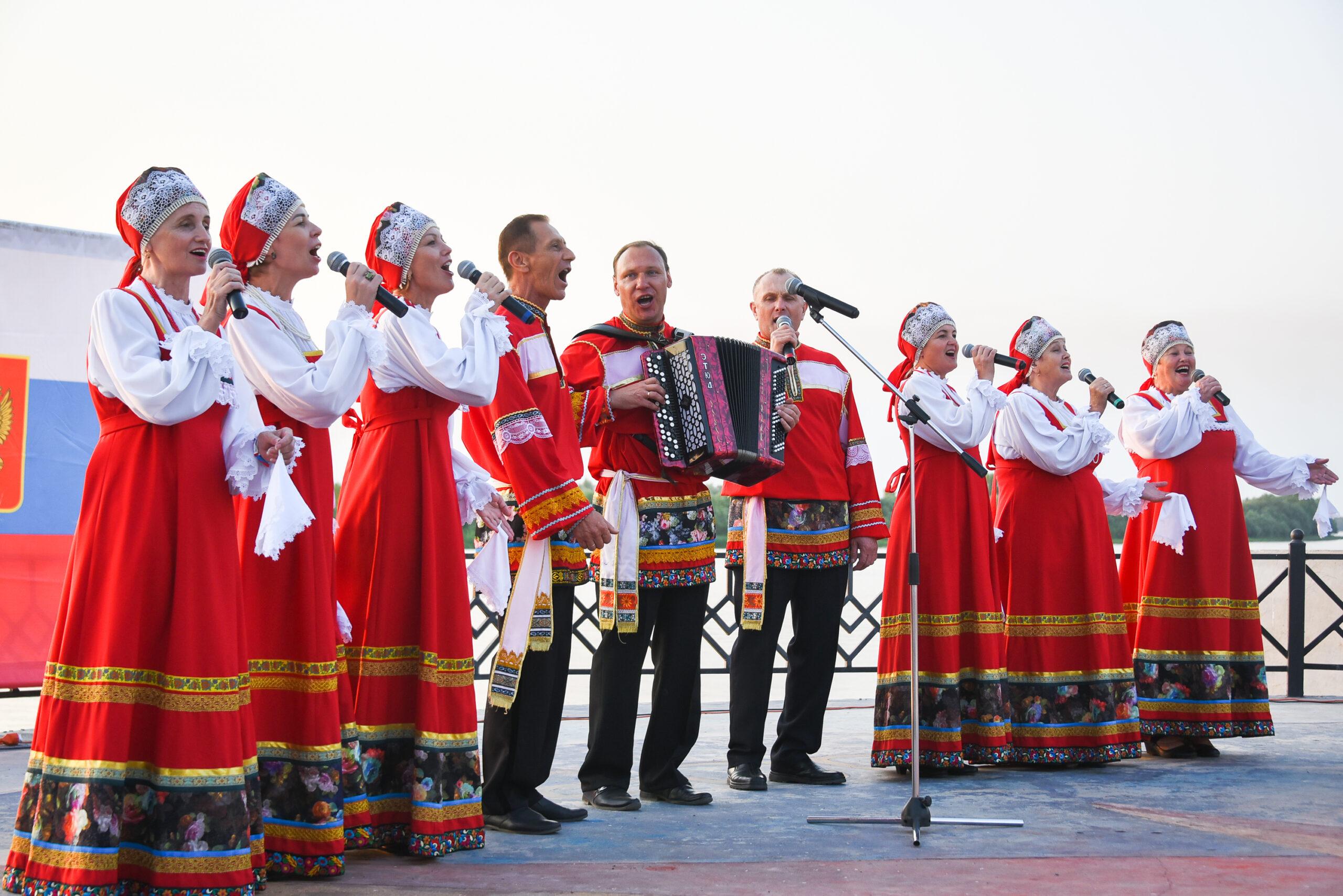 DAD 4304 scaled Как в Астраханской области отметили День российского флага