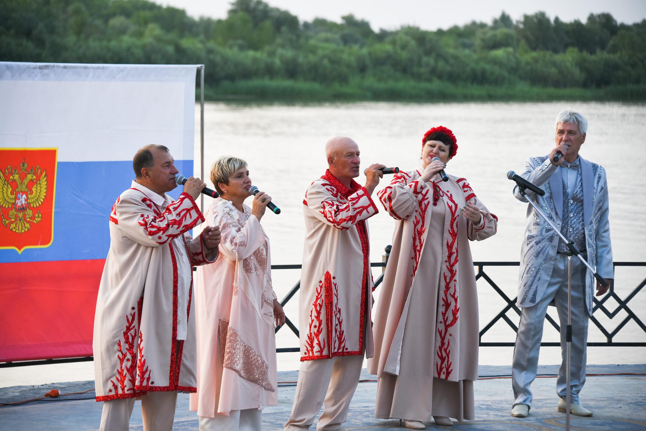 DAD 4401 scaled Как в Астраханской области отметили День российского флага