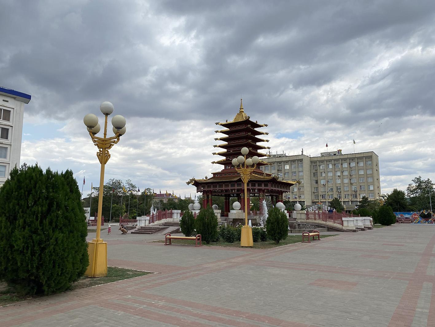 IMG 2581 «Разруха и безнадёжность»: как сейчас в Калмыкии выглядит Пагода Семи Дней