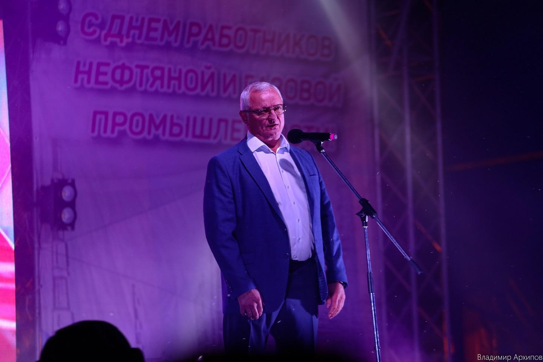 День нефтяников и газовиков в Астрахани