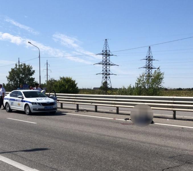погиб в ДТП в Астрахани 1 В Астрахани погиб велосипедист под колесами попутной машины