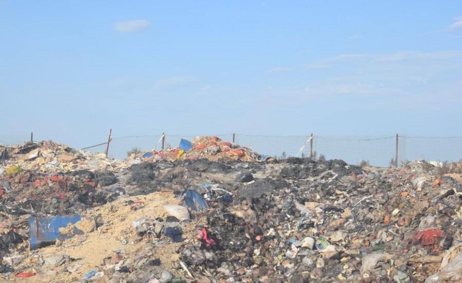 мусорная свалка в Астраханской области