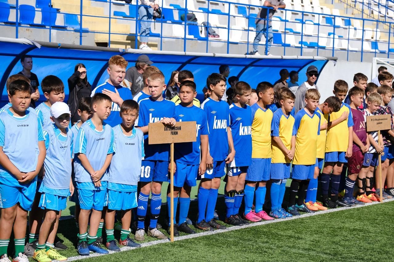 Фестиваль дворового футбола в Астрахани