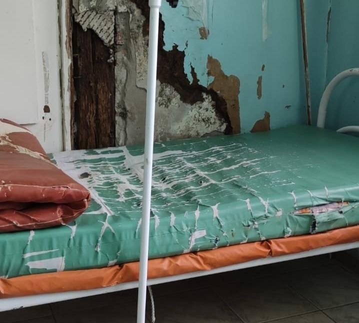 палата в астраханской инфекционной больнице